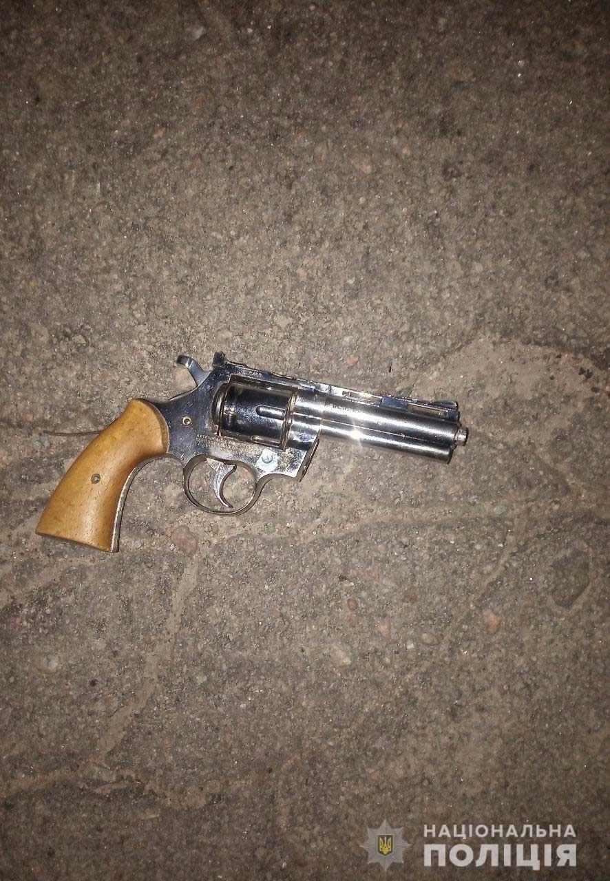 Полиция задержала 64-летнего никопольчанина, выстрелившего в прохожего | Прихист