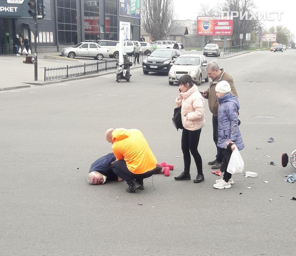Обновлено. ДТП на ул. Электрометаллургов: пострадал водитель скутера   Прихист