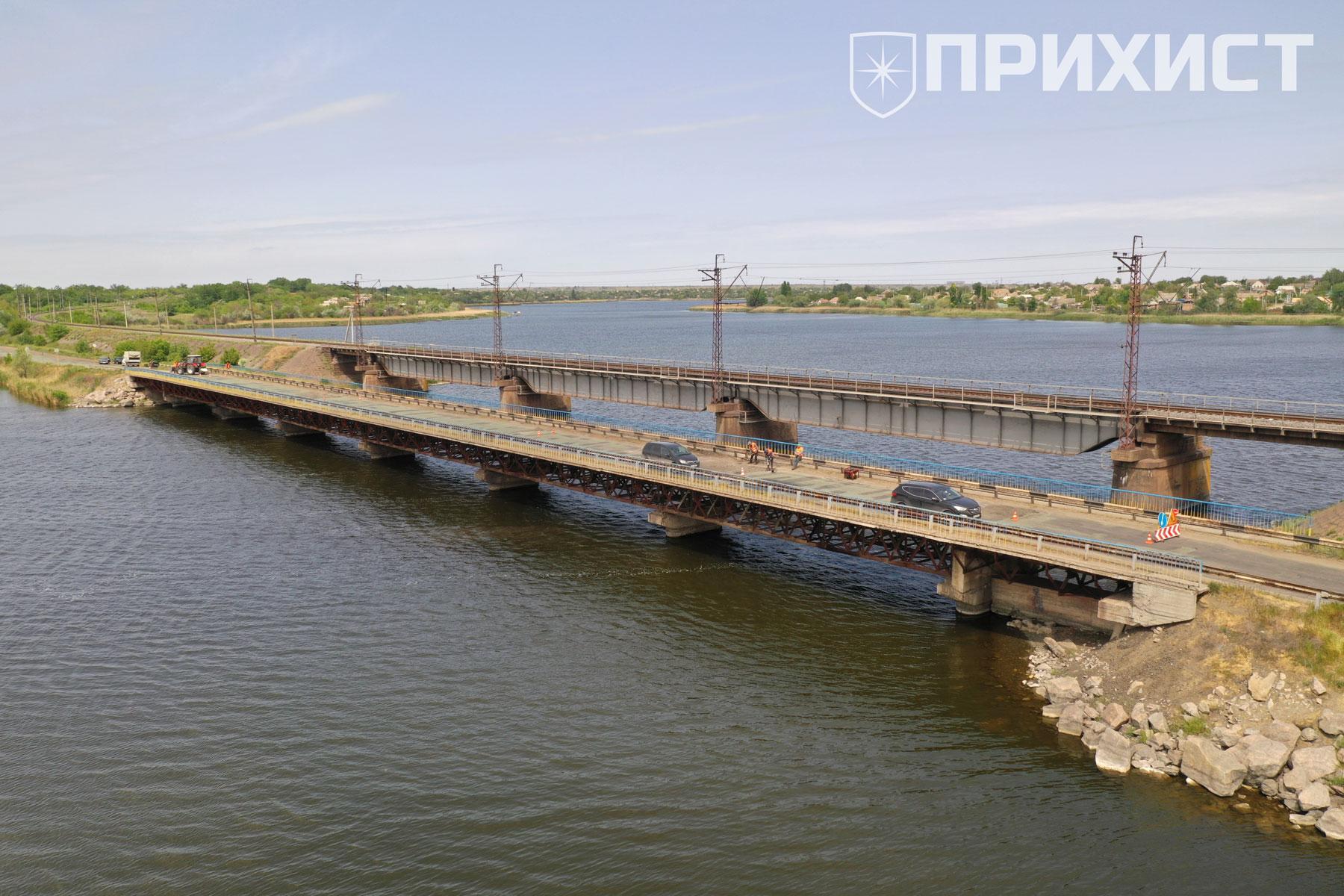 Ремонт моста через Алексеевский залив. Фото   Прихист