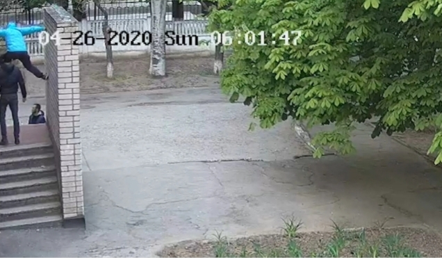 В Никополе задержан вор, укравший видеокамеру с фасада школы | Прихист