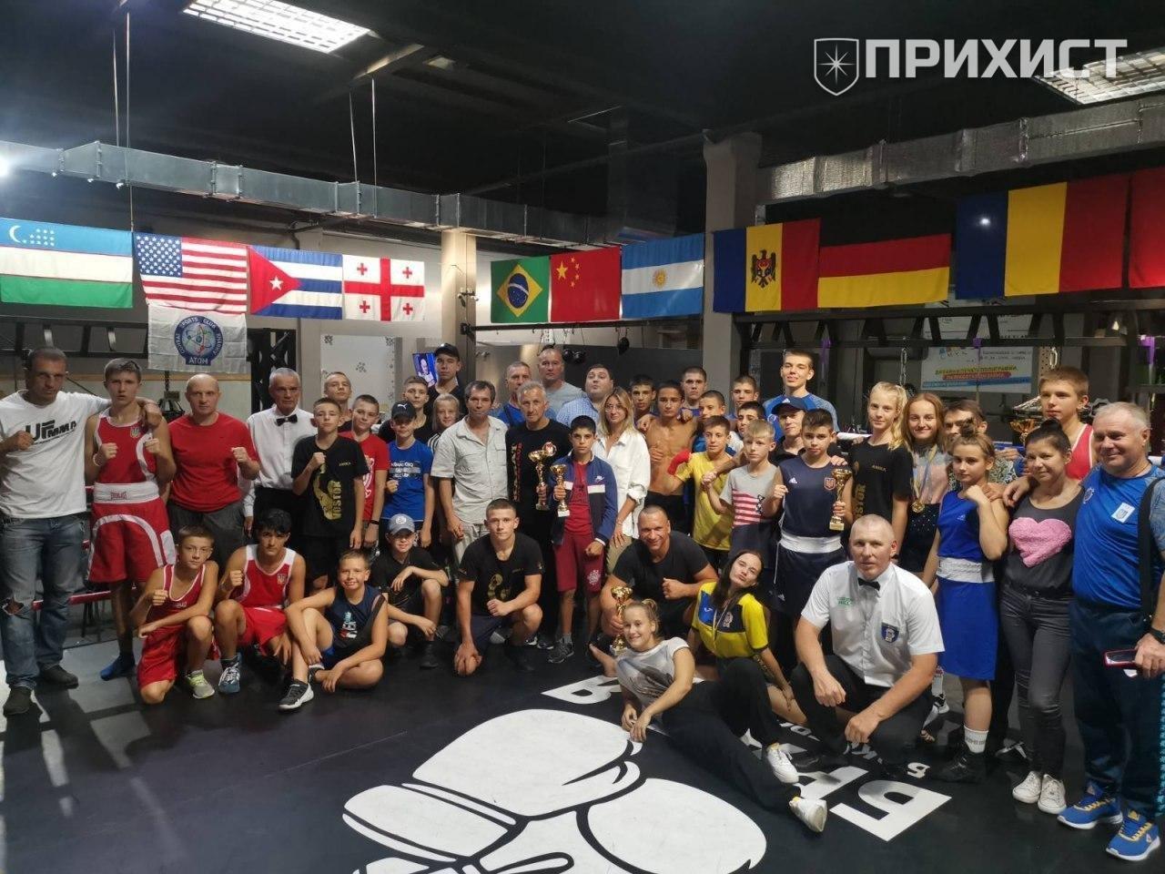 Никопольские боксеры — одни из лучших в Украине!   Прихист