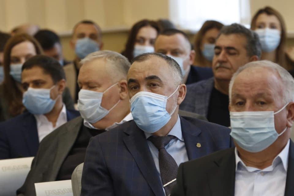 Відбулось перше пленарне засідання Дніпропетровської обласної ради | Прихист