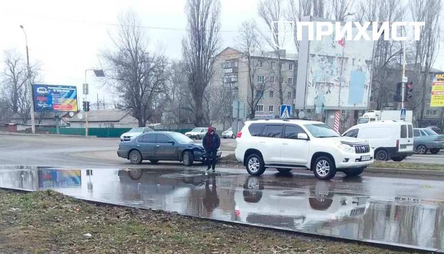 Изменено. Авария на перекрестке улиц Электрометаллургов и Героев Чернобыля: видео | Прихист