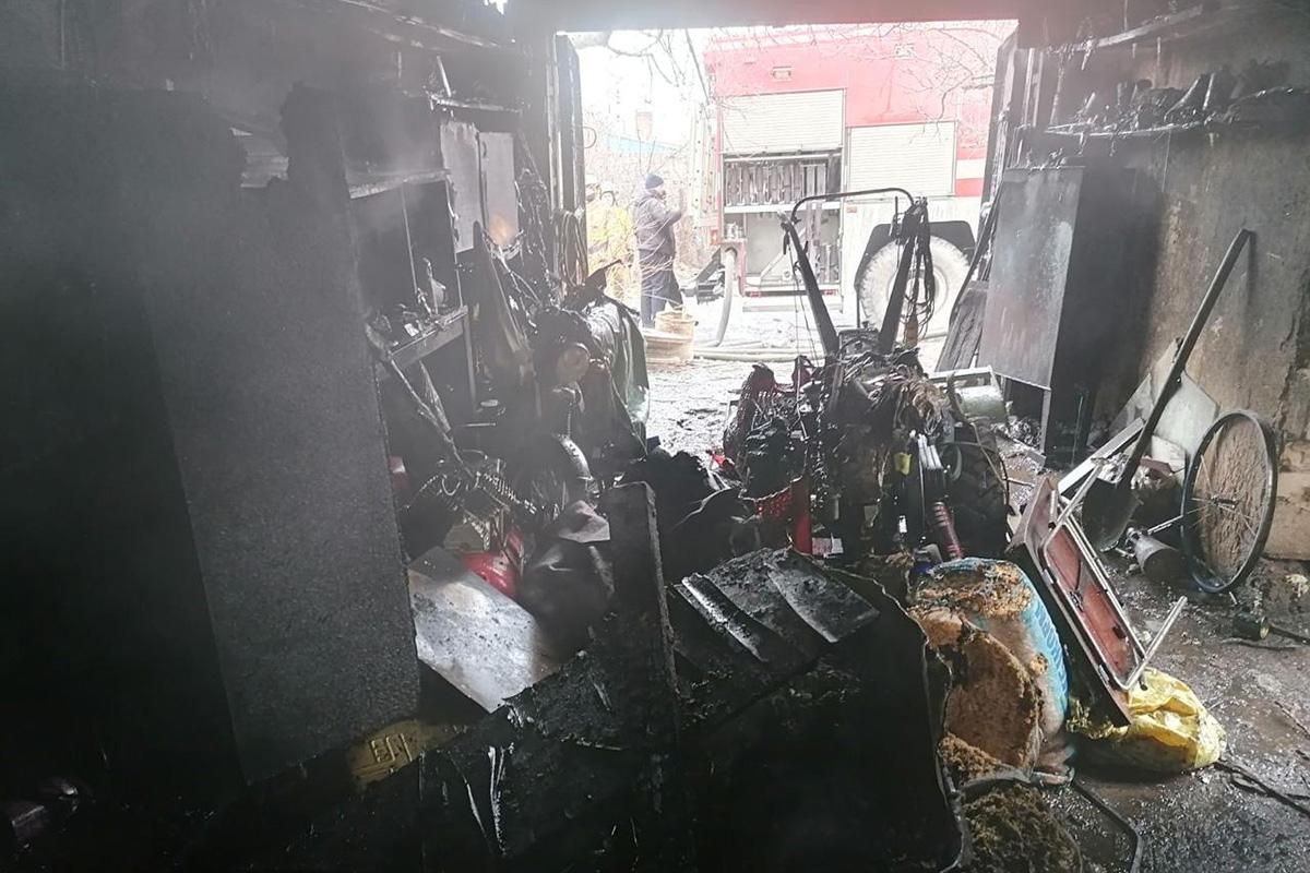 В Никопольском районе на пожаре пострадал мужчина | Прихист