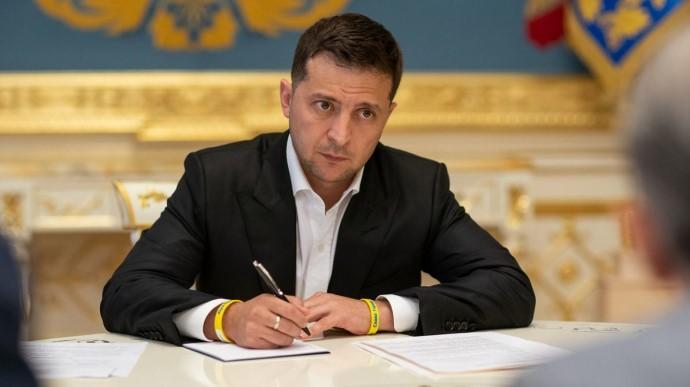 Президент Володимир Зеленський ввів санкції проти нардепа Тараса Козака і трьох телеканалів   Прихист