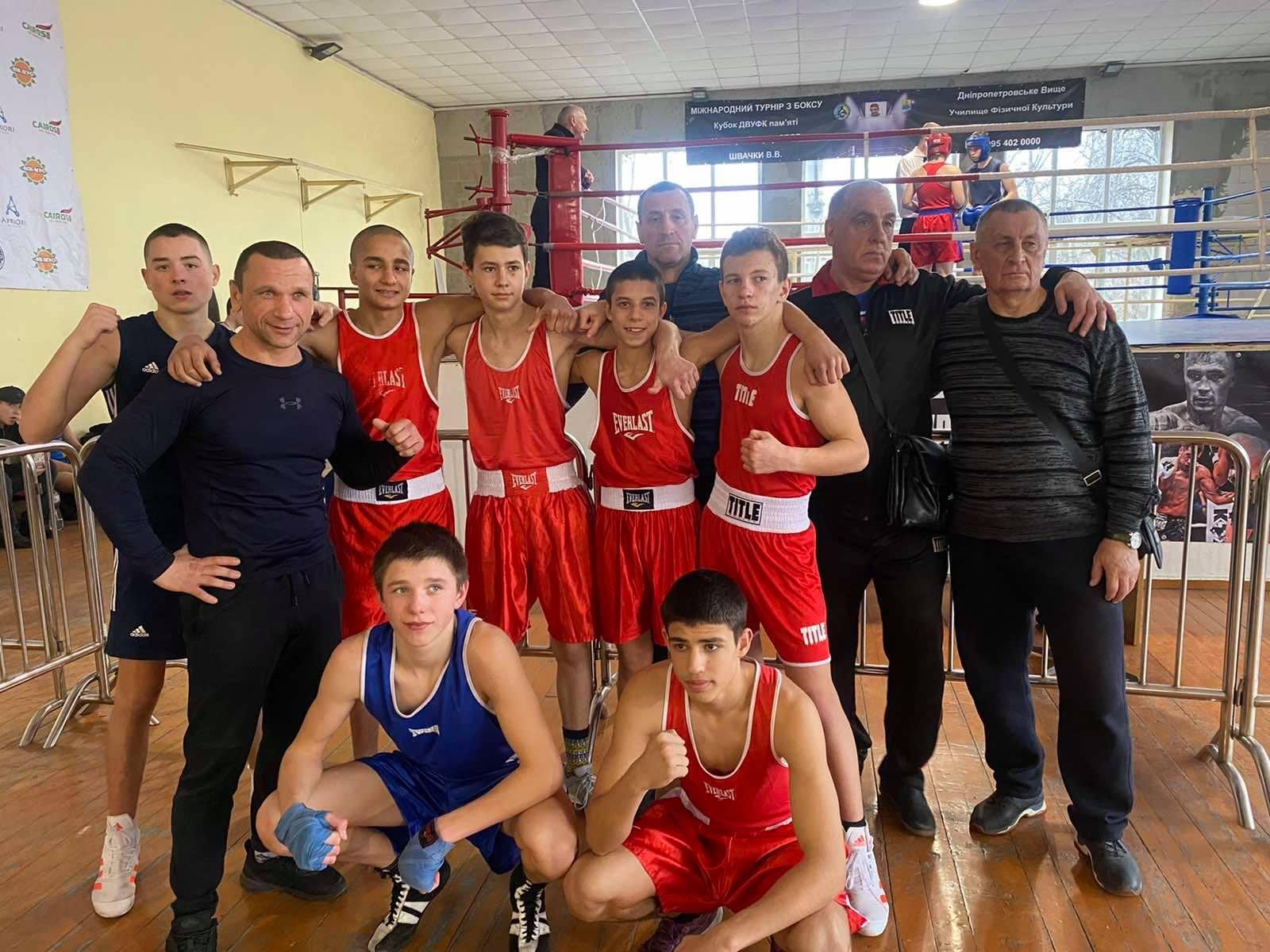 На областном чемпионате по боксу никопольчане завоевали 7 медалей   Прихист