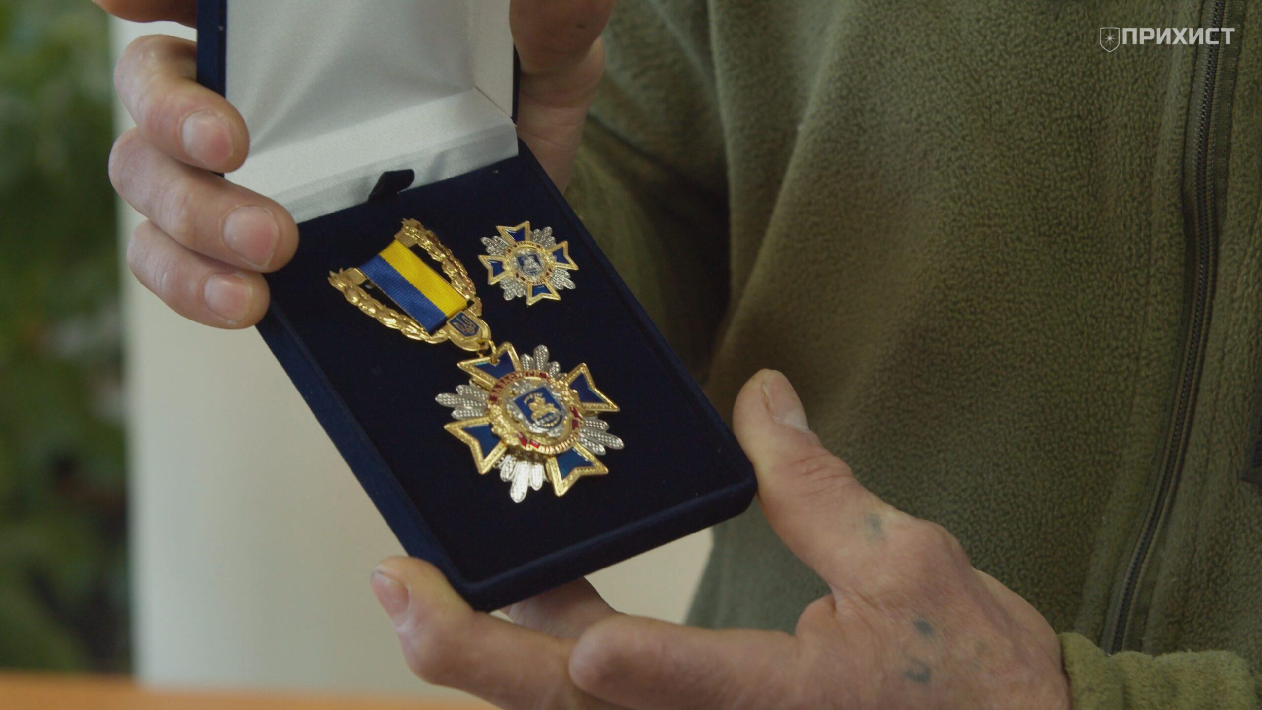 Награда нашла своего героя: в день рождения Сергею Каданцеву вручили медаль «За заслуги перед городом» | Прихист