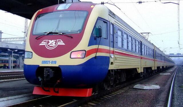 УЗ возобновляет движение пригородных поездов, отмененных в прошлом году | Прихист