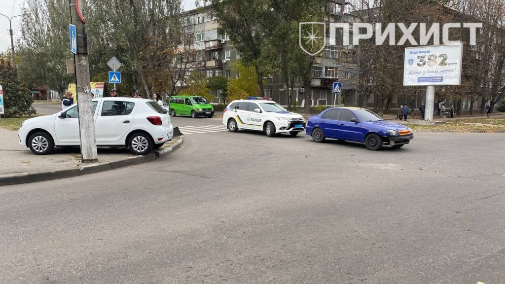 На пересечении ул. Некрасова и ул. Шевченко столкнулись Daewoo и Renault   Прихист