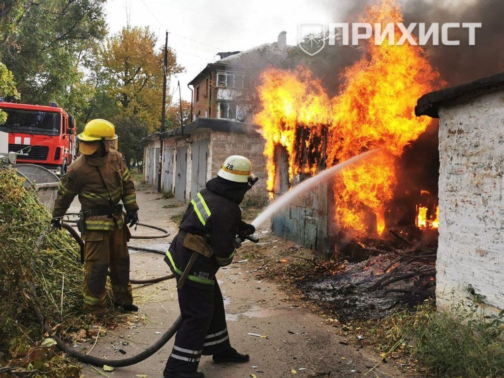 Обновлено: В Никополе сгорела хозяйственная постройка   Прихист